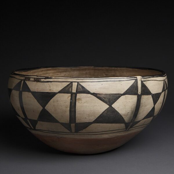 Large and Exquisite Santo Domingo Dough Bowl with Native Repair, c. 1890