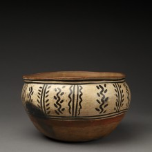 Small Tesuque Polychrome Serving or Chili Bowl with Vertical Design Fields