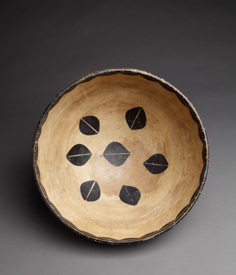 tesuque black personals Native american tesuque pottery 201 description: native american tesuque pottery with geometric frieze white slip with black decoration small chip to rim and paint loss, hairline crack on.